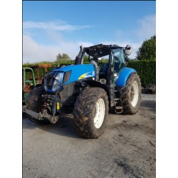 NEW HOLLAND T / 7050